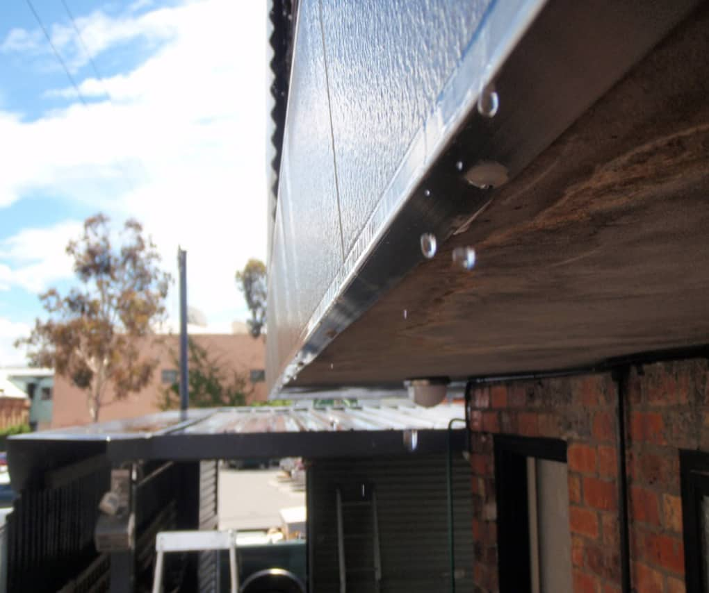 9 Deck drip mould